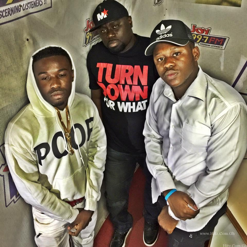 Criss Waddle x Medikal - Bank Of Ghana (Prod By UnKle Beatz)
