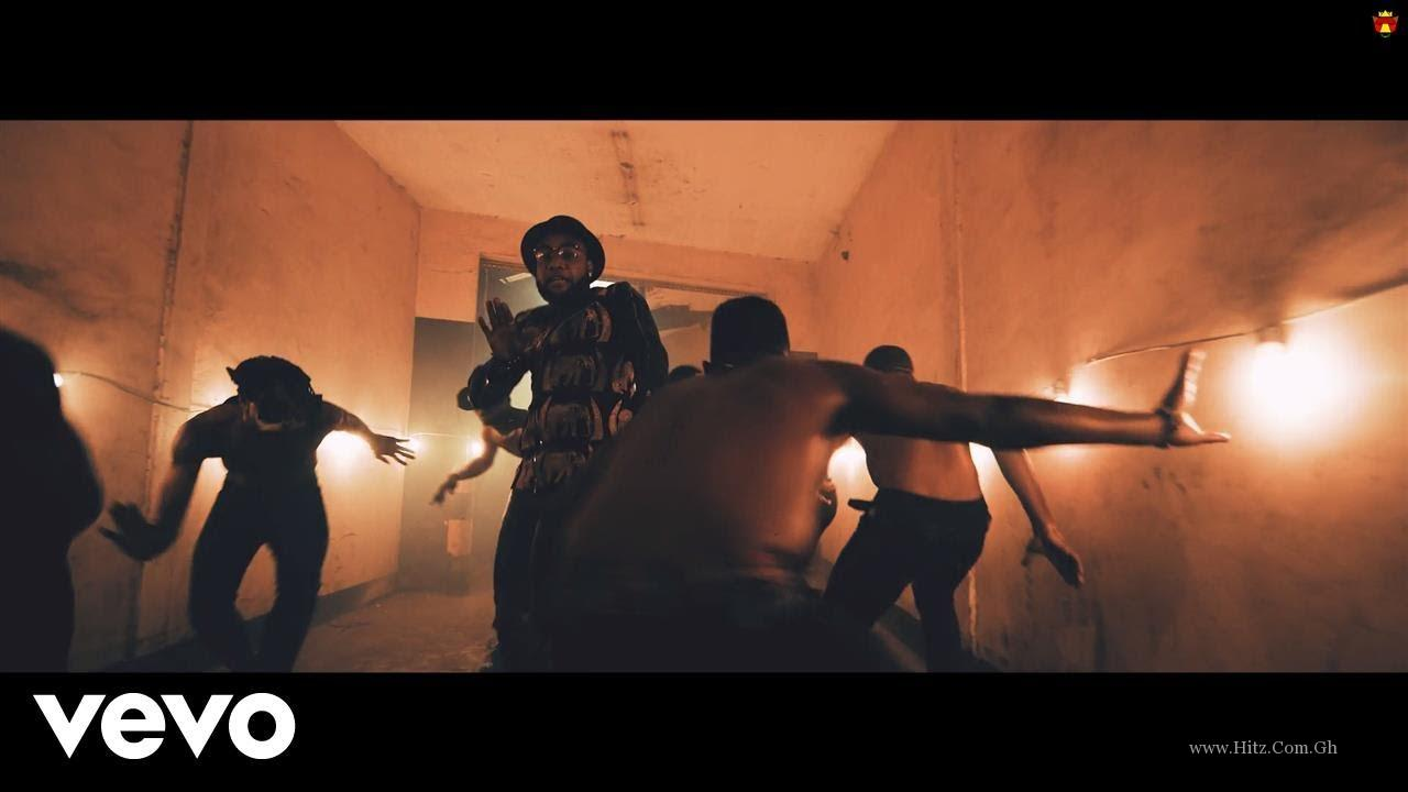 Kcee feat. Phyno – Dance (Official Video)