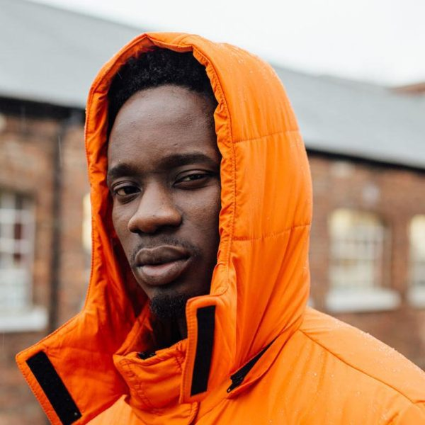 Mr. Eazi Donates GHs10,000 To 6-Year-Old Boy Who Lost Both Legs Over Gh2.20p School Fees